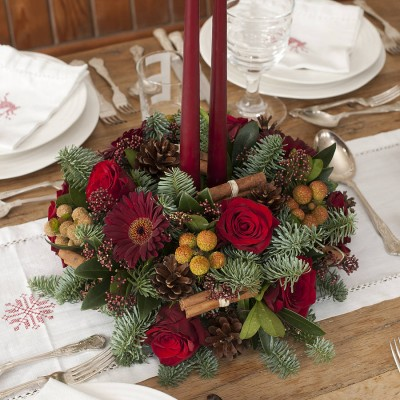 christmas wedding centrepiece